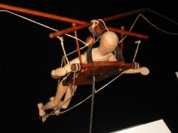 Модель летающей машины - по чертежам Леонардо да Винчи
